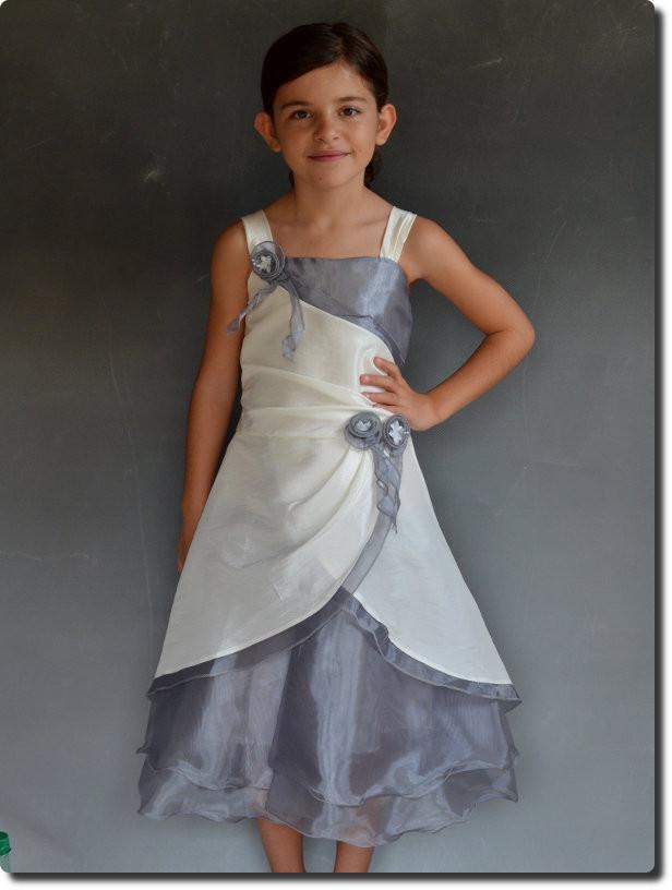 robe de ceremonie petite fille pour mariage petit prix. Black Bedroom Furniture Sets. Home Design Ideas