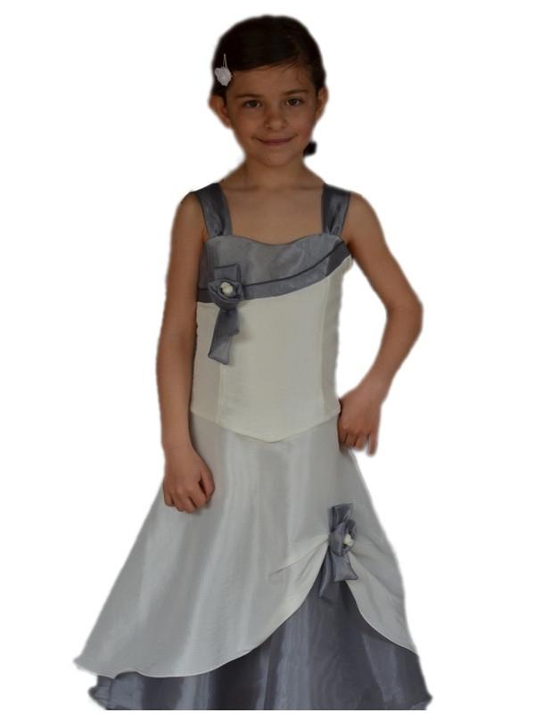 robe demoiselle d 39 honneur pour enfants pour c r monie avec. Black Bedroom Furniture Sets. Home Design Ideas