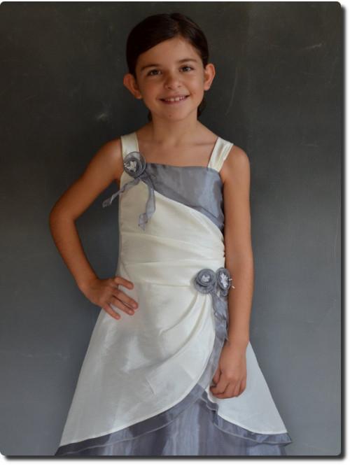93d6f8f1de25b Robe de ceremonie petite fille pour mariage à petit prix