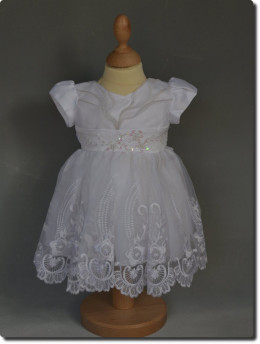 Robe de baptême blanche, dentelle, tenue de baptême pour fille SOPHIE petit prix, destokage baptême