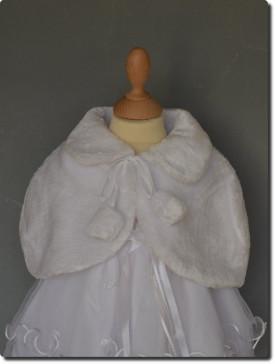 Capeline de cérémonie fourrure blanche pour fille