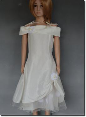 6a1d320981d Robe de cérémonie fille pétales ivoire MARIE